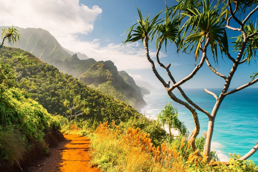 is-the-kalalau-trail-open-or-closed-2
